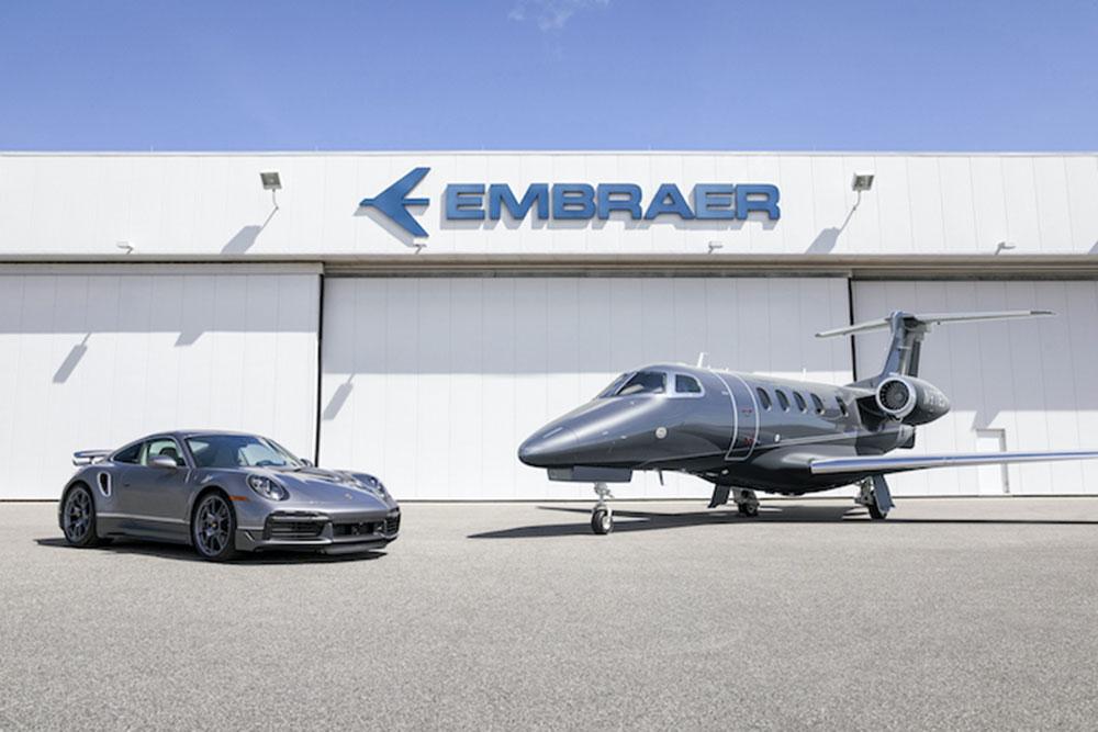 """Porsche 911 Turbo s é """"brinde"""" em nova parceria com a Embraer"""