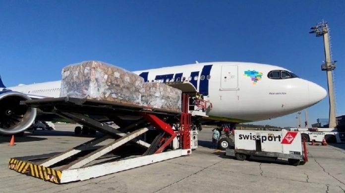 Azul com sede em Barueri, fez o transporte de vacinas pelo Brasil