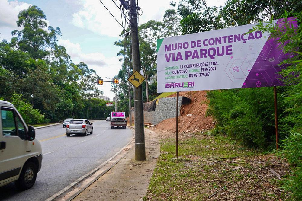 AREA agradece a Prefeitura pela construção de muro de contenção na Via Parque