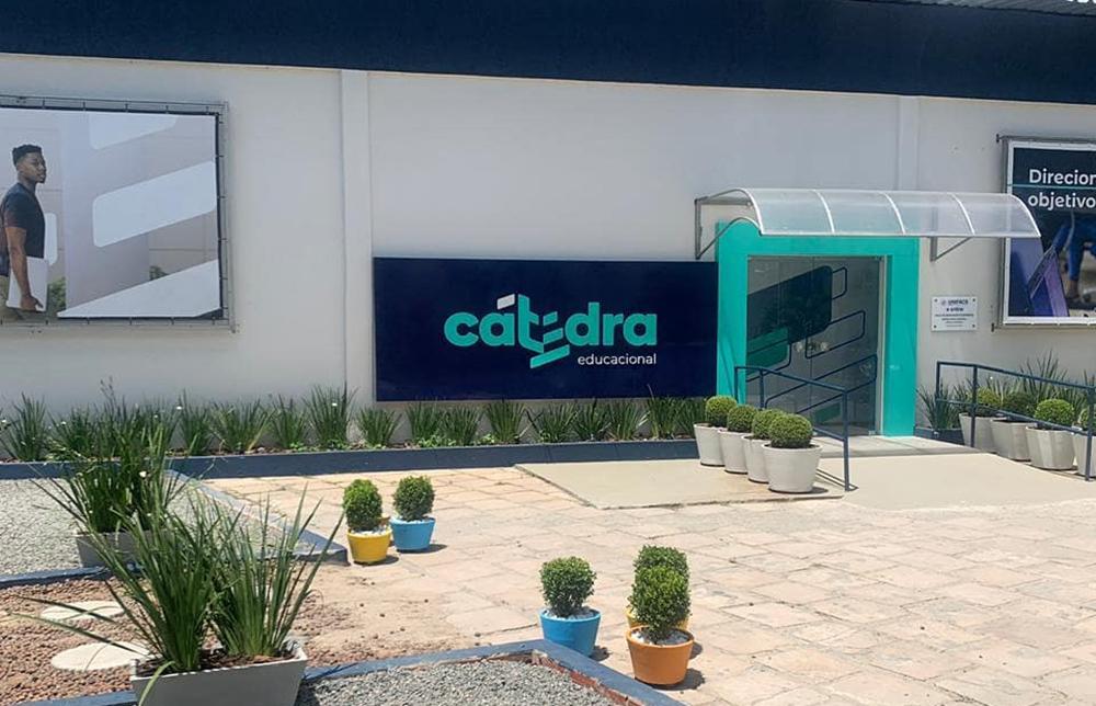 Cátedra abre vagas para operador de telemarketing em Barueri