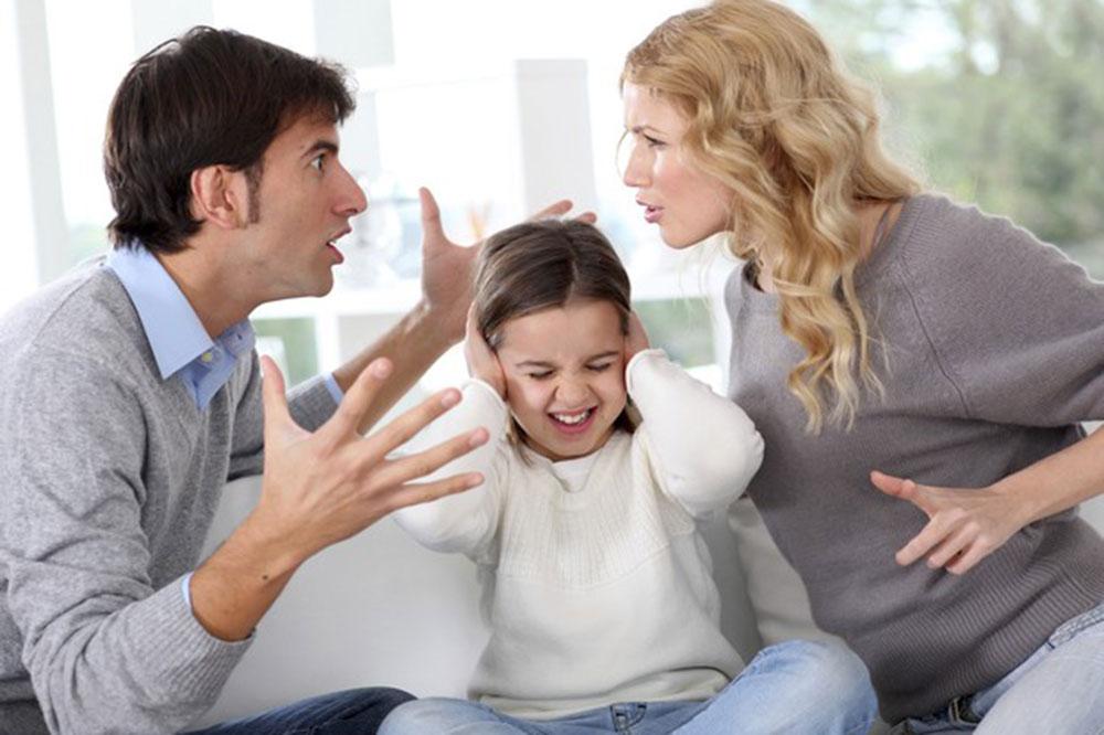 Dialogar em vez de agredir