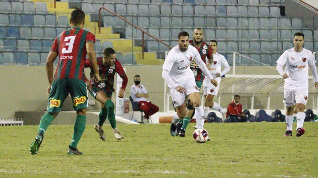 Rubrão vence a Portuguesa Santista, na Arena Barueri