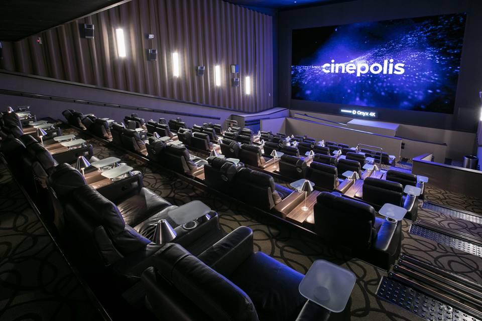 Shopping Barueri reabre cinema com a promoção 'Todos Pagam Meia'