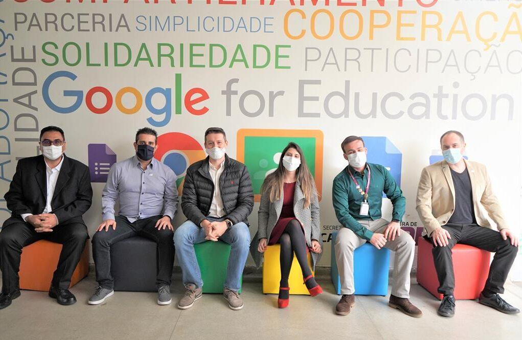 Educação de Barueri recebe o selo do Google For Education