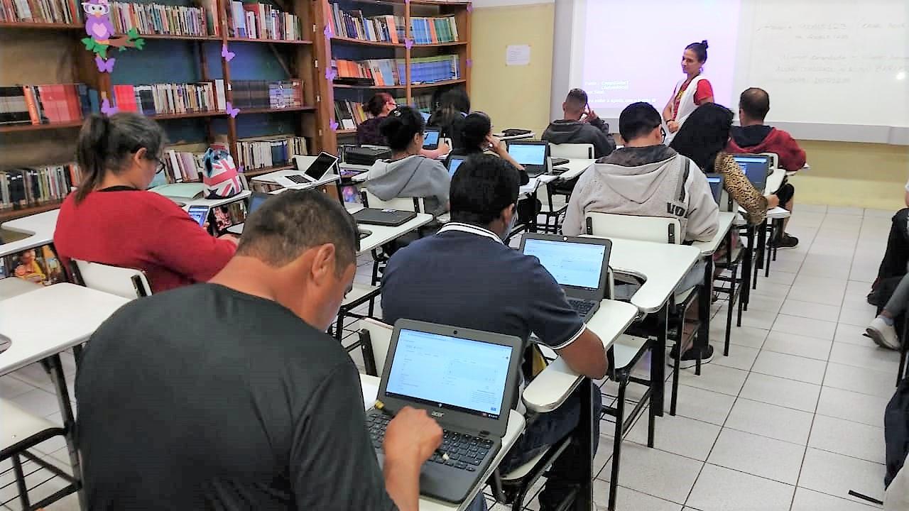 Barueri abre inscrições para Educação de Jovens e Adultos (EJA)