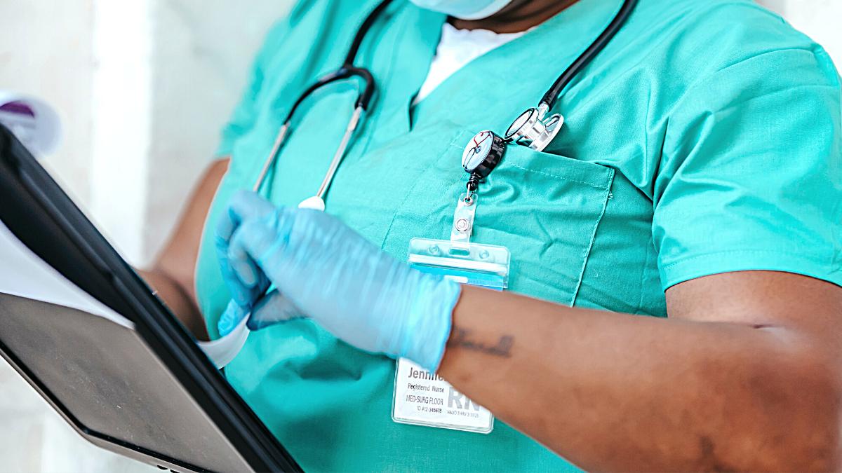 Barueri Processo Seletivo para técnico em enfermagem e médico
