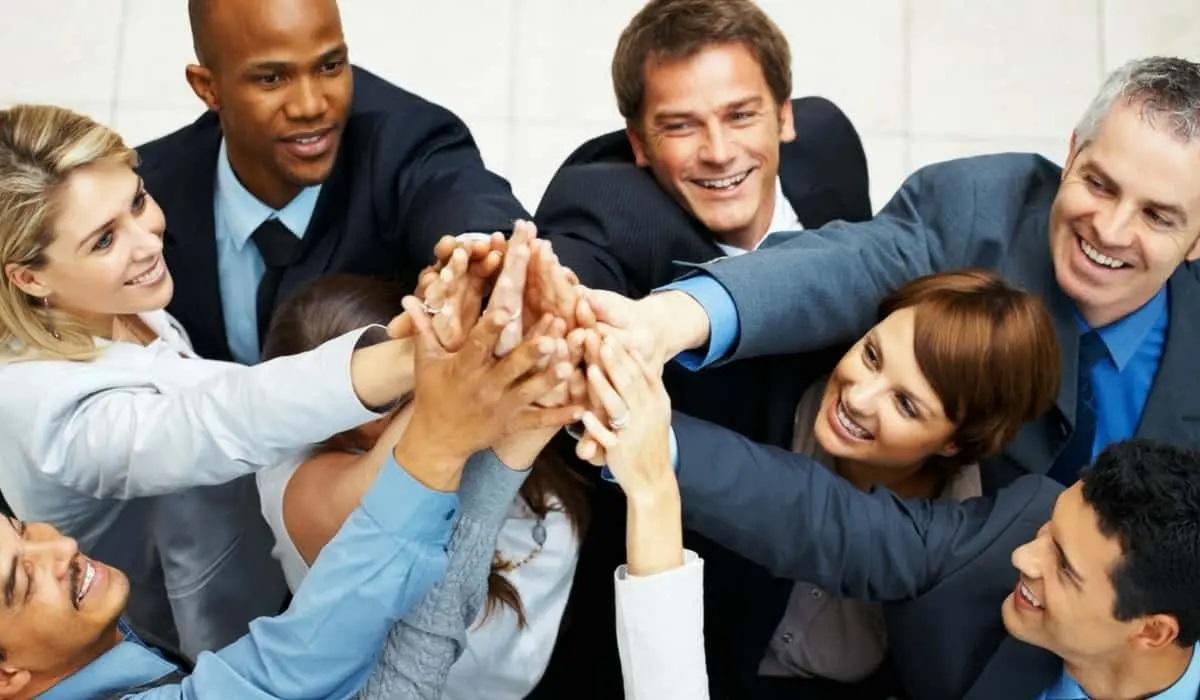 Incentivar, estimular e vender