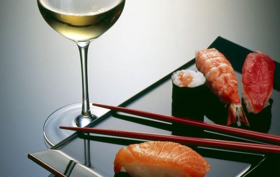 Vinho e Sushi combinam?